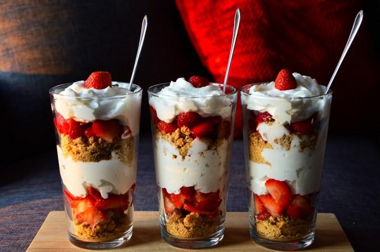 A legfinomabb vanília fagylalt receptje és tálalási ötletei
